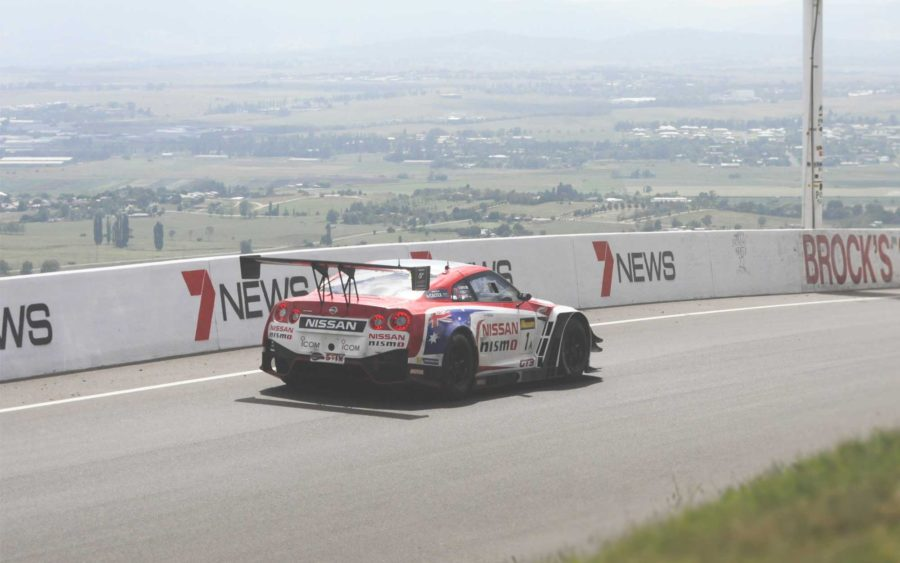 Nissan GTR GT race car racing the Bathurst 12hr at the top of Skyline Mt Panorama